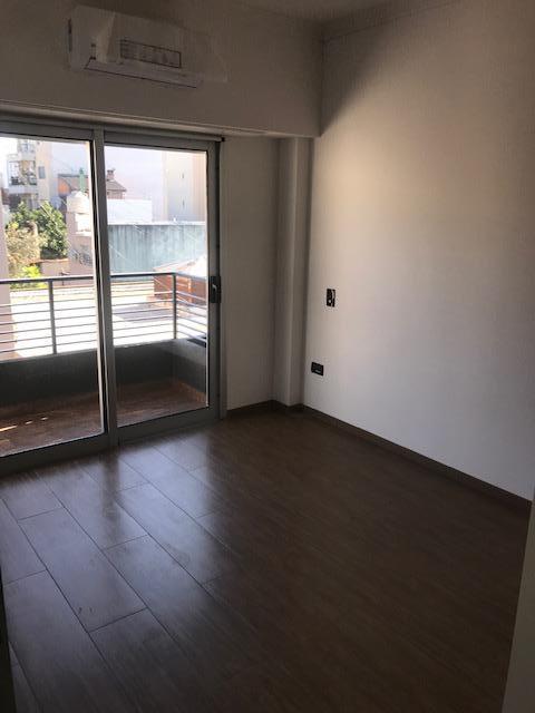 Foto Edificio en Liniers Patron 7300 número 13