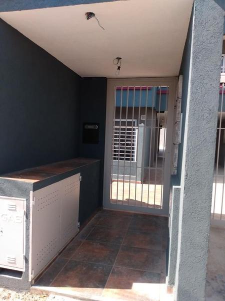 Foto Edificio en Moron Sur Vicente Lopez 900 número 3