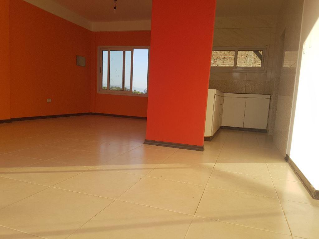 Foto Edificio en Santa Lucia Avda. Sarmiento 3100 Este santa Lucia número 5
