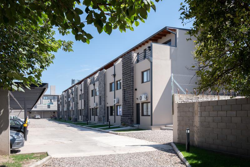 Foto Condominio en San Fernando Haus701 (Housing Zona Sur)- Dúplex dos y tres Dormitorios- Locales Comerciales | con Cochera. POSESIÓN INMEDIATA número 6