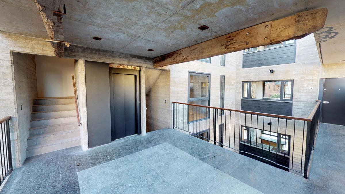 Foto Edificio en Nuñez Ruiz Huidobro y Bv San isidro Labrador número 10