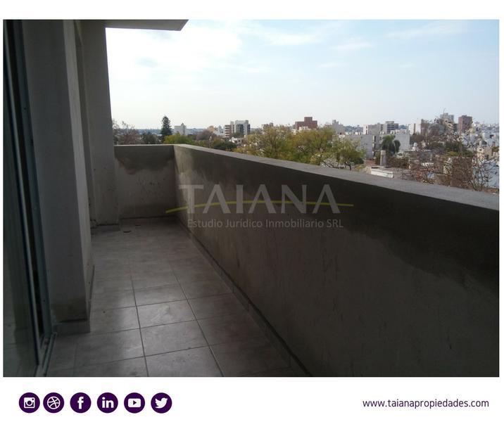 Foto Edificio en Alto Alberdi Duarte Quiros 2800 número 5