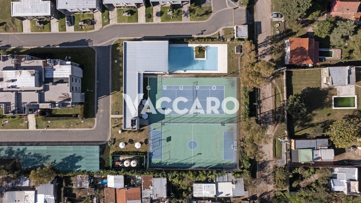 Maria Eugenia Residences & Village, Int. Corvalan 2302, Moreno