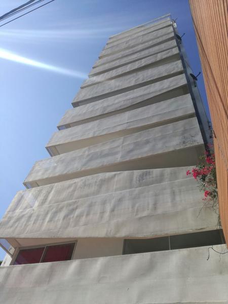 Foto Edificio en Zona Mate De Luna Edificio: Av. Mate de Luna 2008 número 7