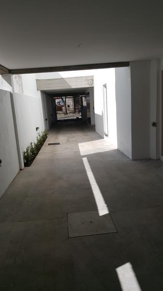 Foto Edificio en Adrogue ROSALES AL 1400 entre Cerretti y Plaza Brown número 9