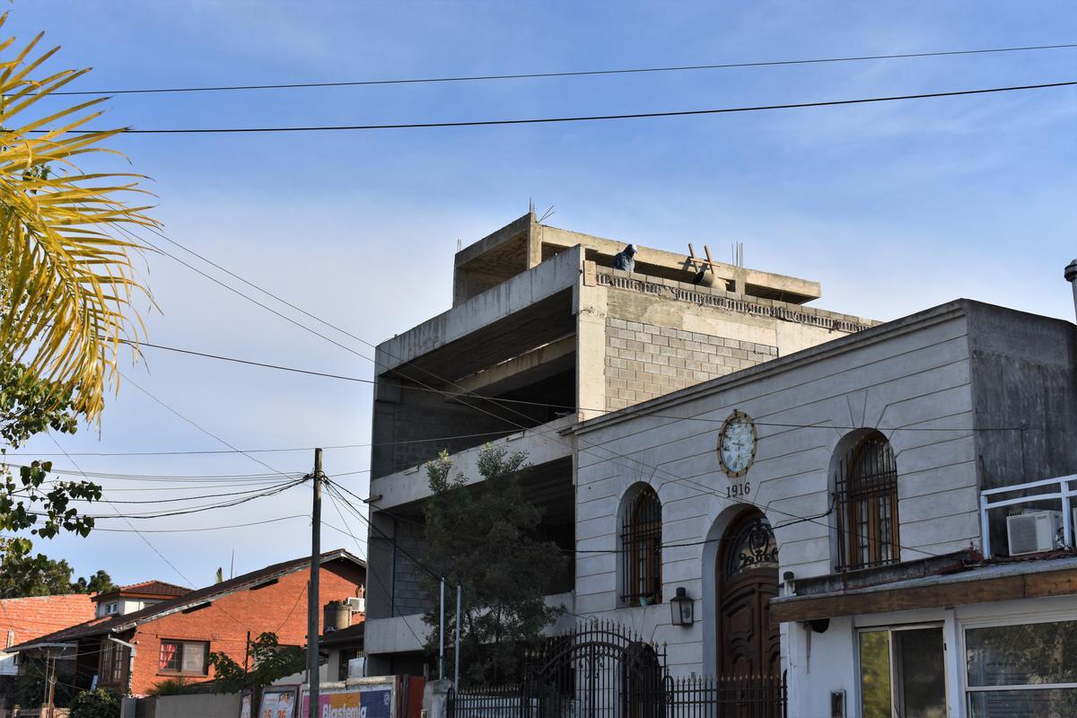 Edificio de oficinas - Tigre-8