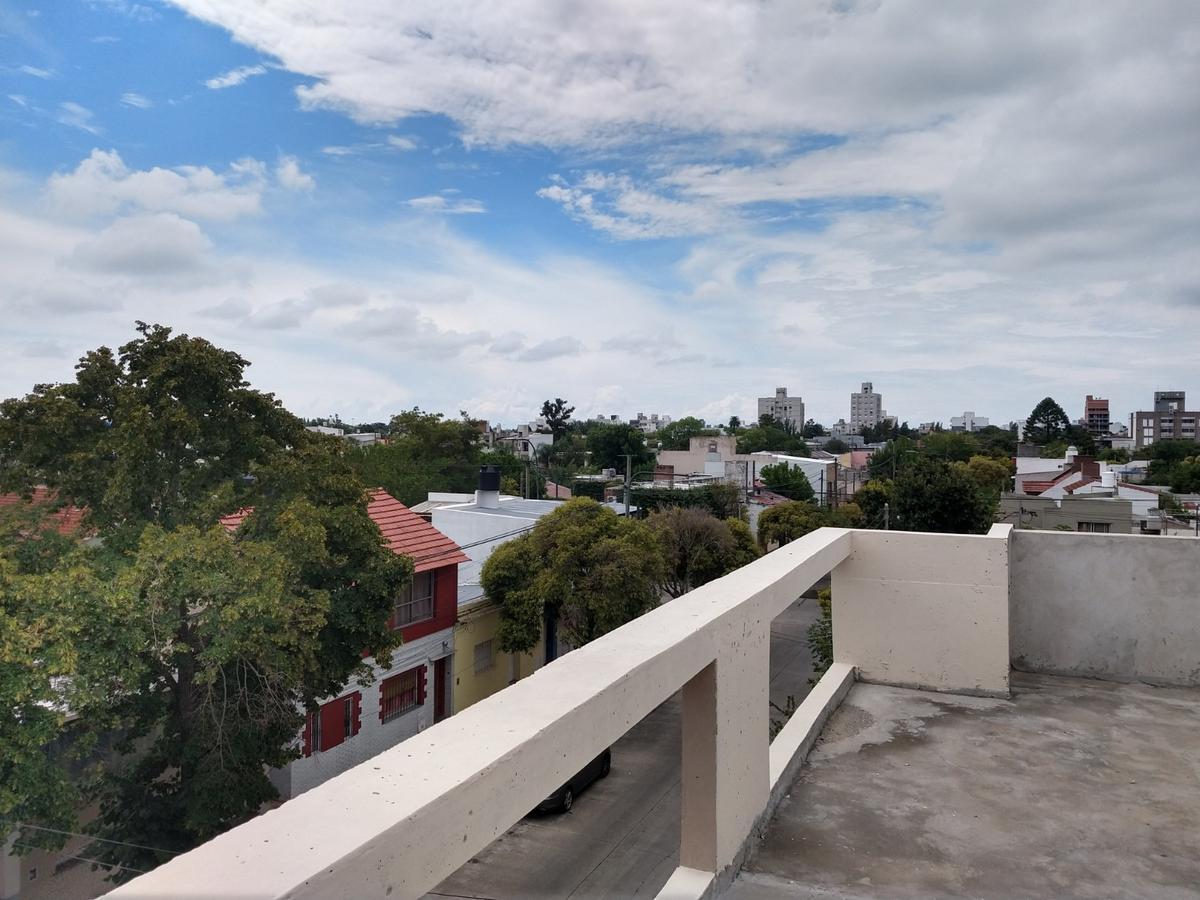 Foto Edificio en La Plata calle 36 1720 número 9