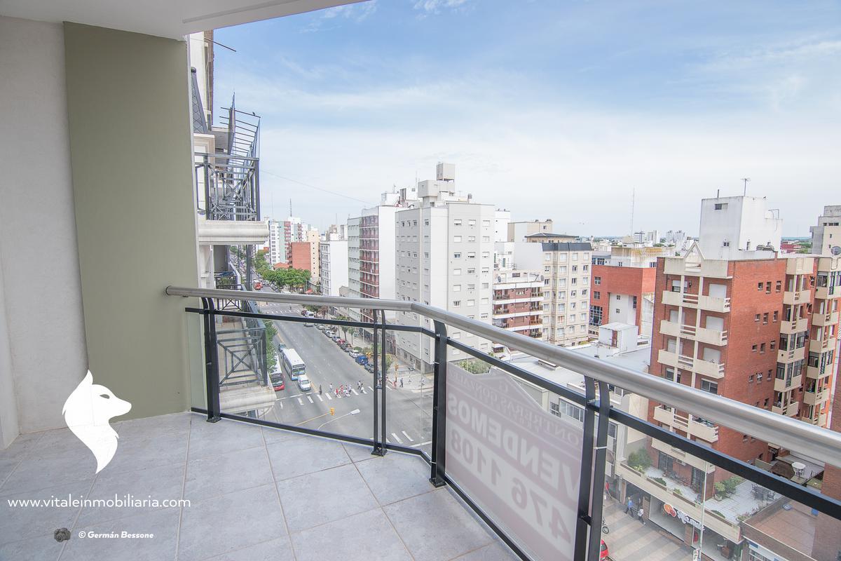 Foto Edificio en La Perla Sur Independencia 1000 número 13