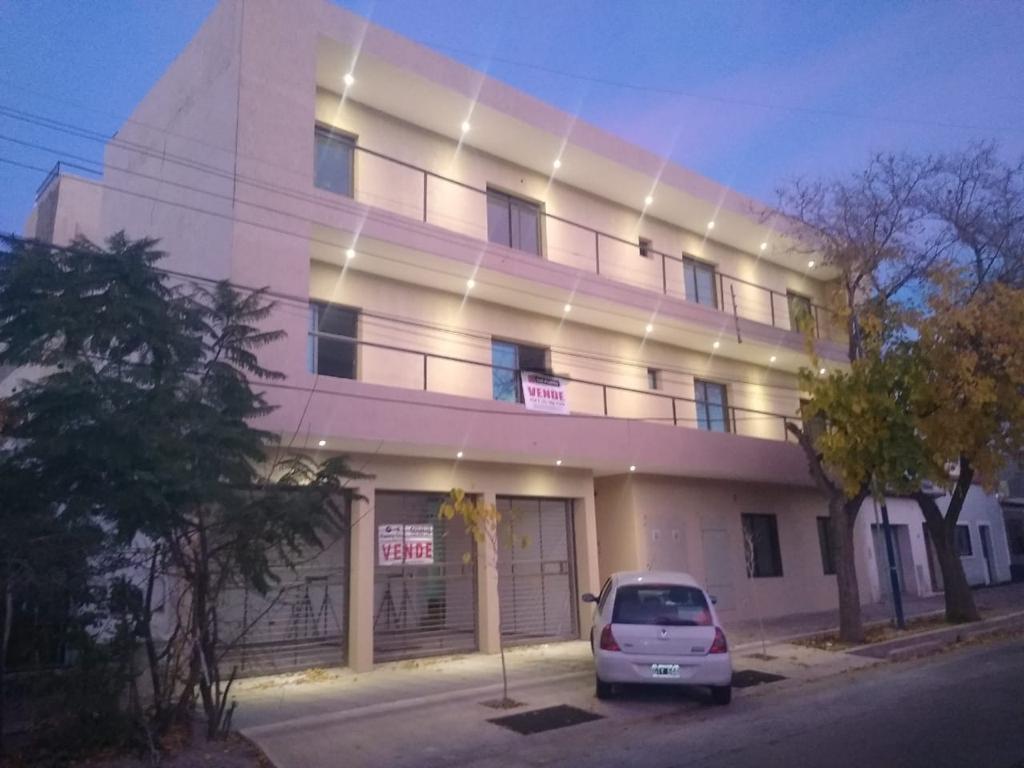 Foto EMPRENDIMIENTO - Condominio en  en  Mendoza , Argentina  Sargento Cabral