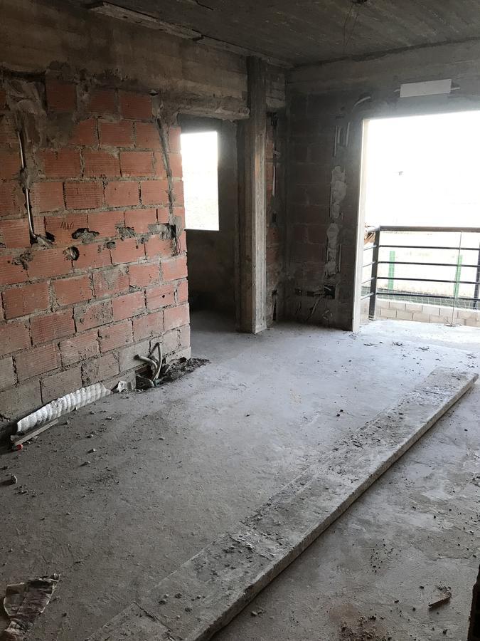 Foto Edificio en Bernal Oeste Zapiola esquina Victorica número 6