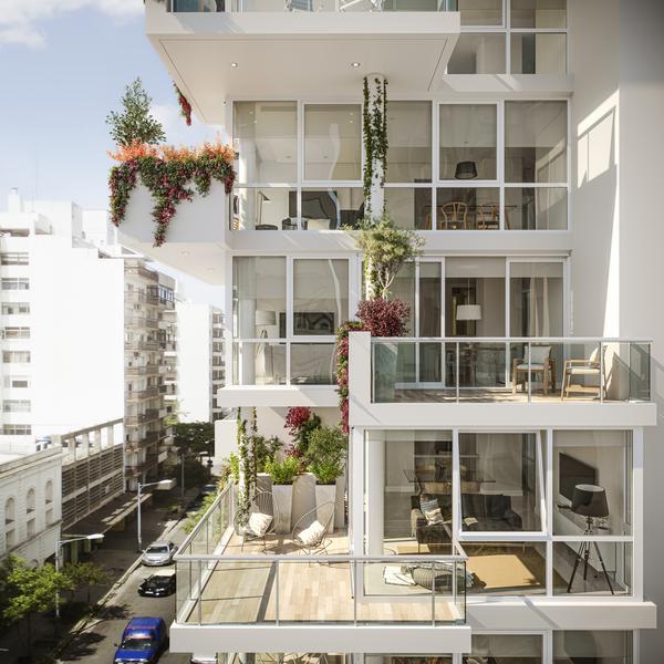 Foto Edificio en Shopping Hipólito Yrigoyen esquina Belgrano número 29