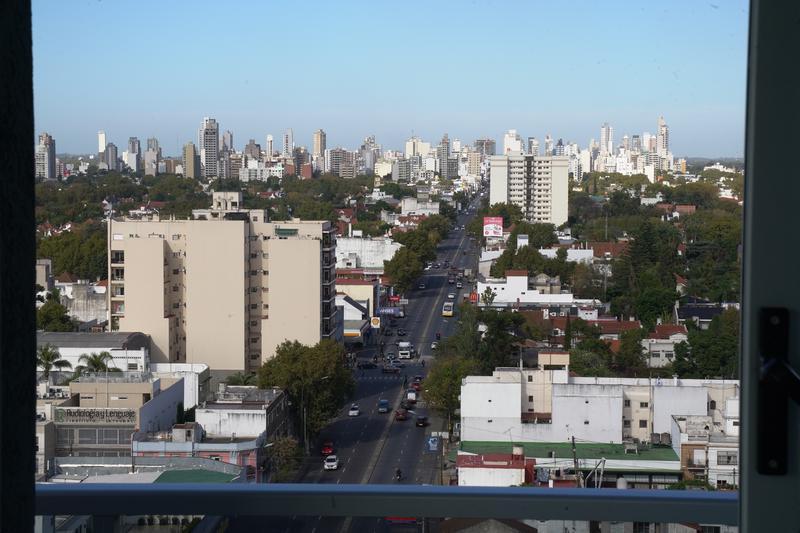 """Foto Edificio en Banfield Oeste HIPOLITO YRIGOYEN 7259 - EDIFICIO """"DOS REYES"""" número 22"""