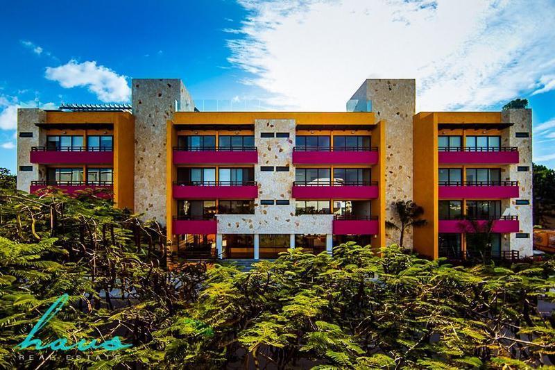 Foto Edificio en Solidaridad Av 38 esq. Av 20 número 52