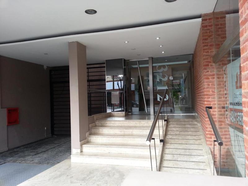 Foto Edificio en Parque Patricios Juan de Garay  número 5