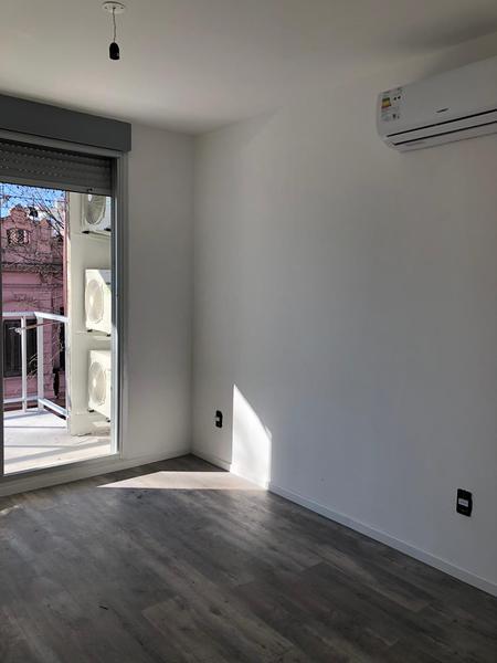 Foto Edificio en Centro (Montevideo) Aquilez Lanza 1167 número 3