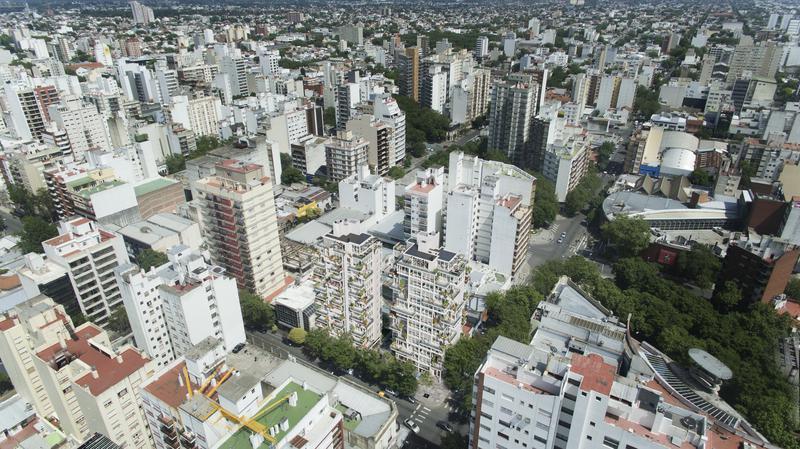 Foto Edificio en Shopping Hipólito Yrigoyen y Belgrano número 27