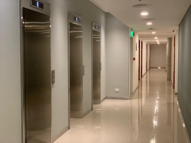 Foto Edificio de oficinas en Haedo Norte Acceso Oeste Km 16 Haedo número 12