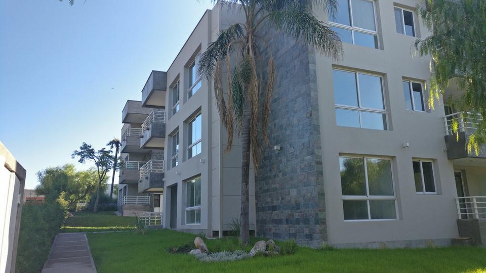 Foto Condominio en Dalvian Condominio Ayres número 4