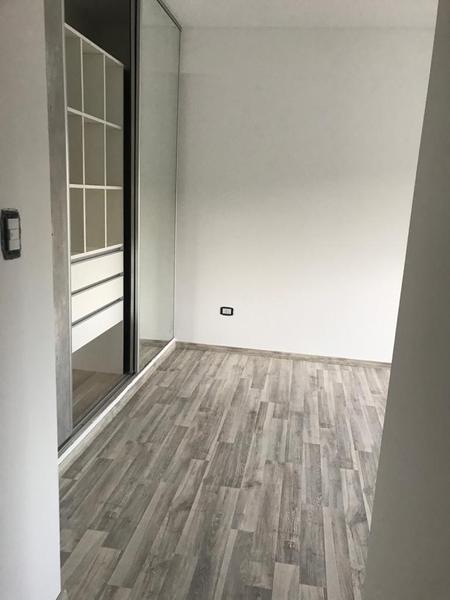Foto Edificio en Liniers Murguiondo 900 número 17