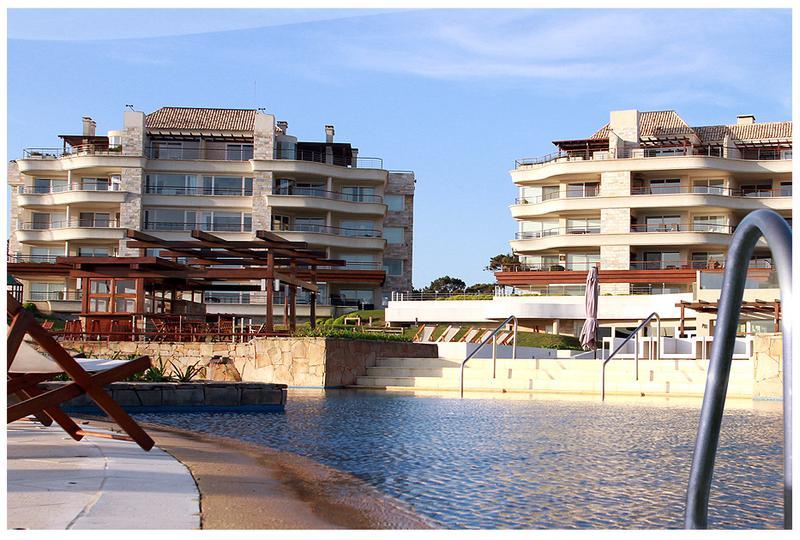 Foto Condominio en Playa Mansa PARADA 42 Y MEDIO DE LA MANSA - PUNTA DEL ESTE    número 20