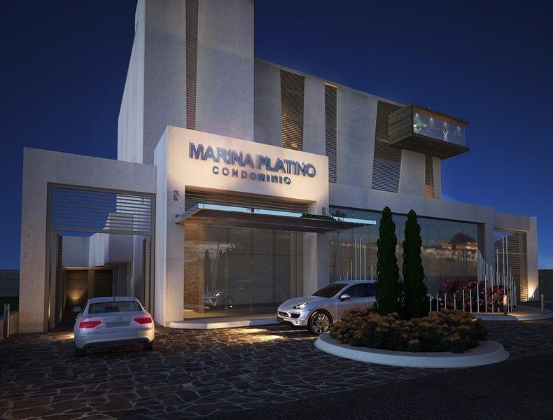 Foto  en Fraccionamiento Marina Mazatlán Av. del Delfín en la Marina Mazatlán frente al Centro de Convenciones, la misma Avenida de Plaza Galerias. Lo cual lo distingue como una buena opción para vivir así como de inversión.