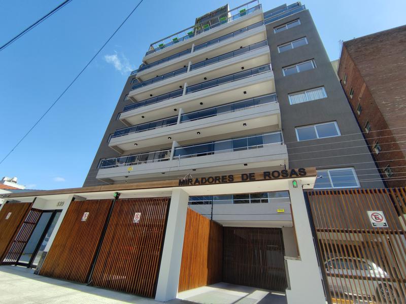 Foto Edificio en Moron Ortiz de Rosas 530 número 1