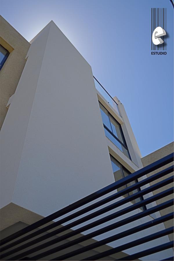 Foto Edificio en Santa Fe Laprida esquina Pasaje Fraga número 9