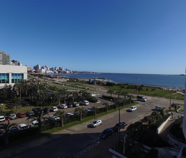 Foto Edificio en Playa Mansa Rambla C. Williman Parada 4 Playa Mansa, 20100 Punta del Este, Departamento de Maldonado, Uruguay número 18