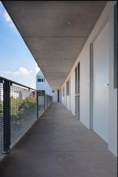 Foto Edificio en Asturias             Calz. de la Viga 369 número 7