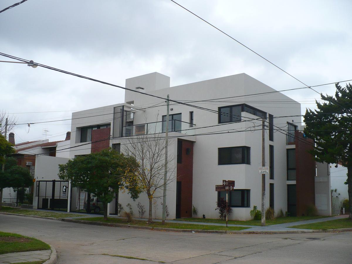 Foto Edificio en Santa Fe Riobamba al 7100 número 4