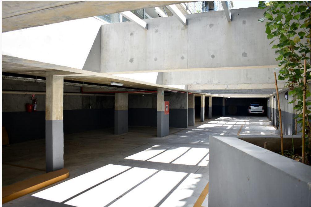 Foto Edificio en Parque Batlle             Feliciano Rodríguez y Gral Espartero número 10