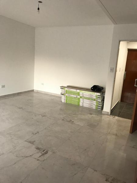 Foto Edificio en Liniers Murguiondo 900 número 11