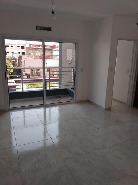 Foto Edificio en Moron Sur Vicente Lopez 900 número 16