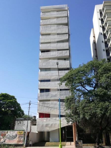 Foto Edificio en Zona Mate De Luna Edificio: Av. Mate de Luna 2008 número 5
