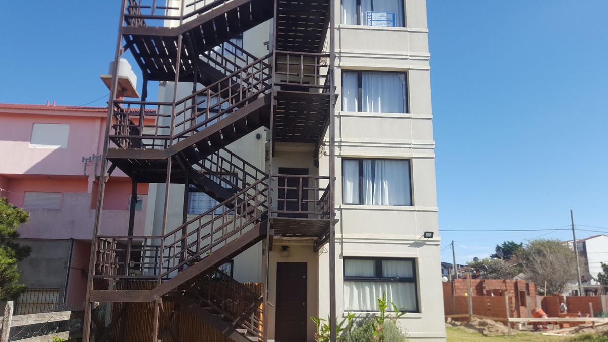 Foto Edificio en Costa Azul Mendoza 3981 número 9