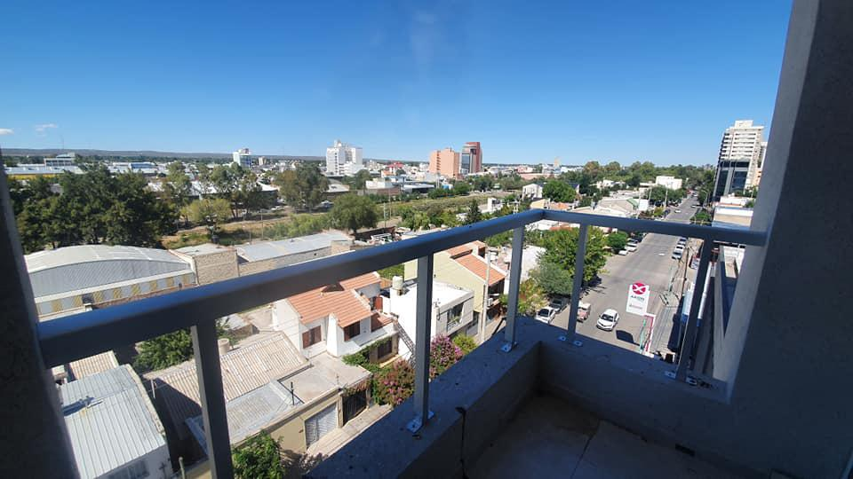 Foto Departamento en Venta en  Área Centro Este ,  Capital  Independencia 768