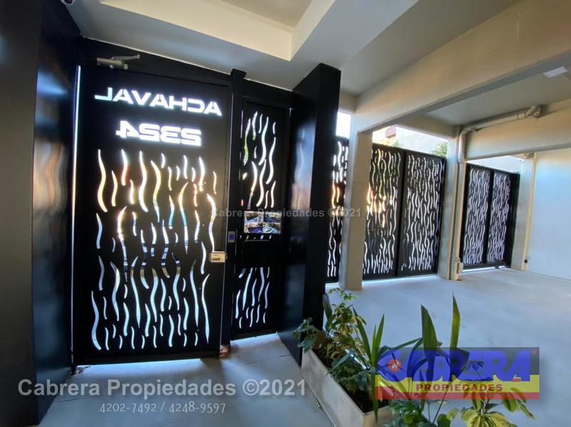 Foto Cochera en Venta en  Remedios De Escalada,  Lanús  ACHAVAL 2324 COCHERA DESCUBIERTA 2