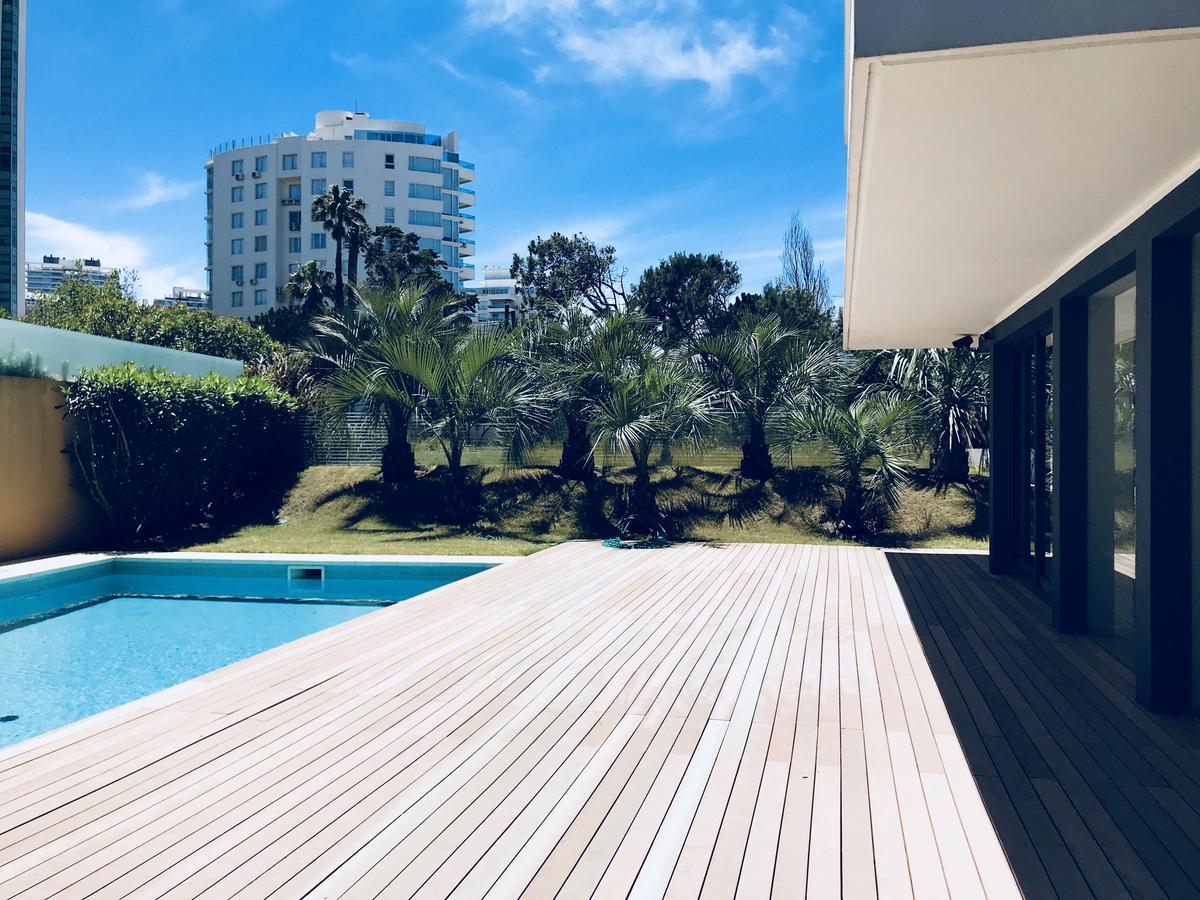 Foto Edificio en Playa Brava BRAVA número 19