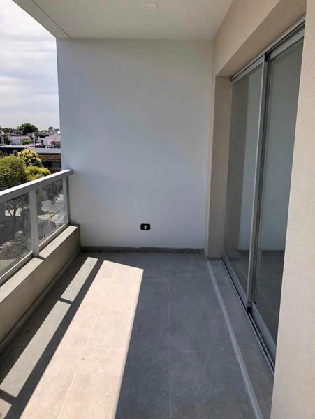 Foto Edificio en Liniers EDIFICIO Guamini 1065  número 9