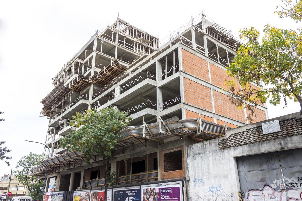 Foto Edificio en Saavedra Tronador esquina García Del Río numero 14