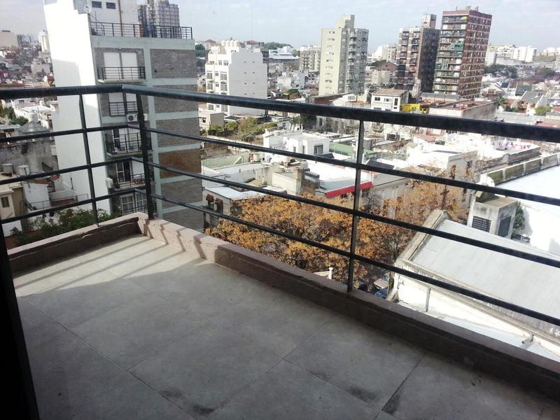Foto Edificio en Parque Patricios Juan de Garay  número 12