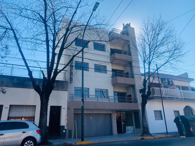 Foto  en Liniers Cossio al 6200