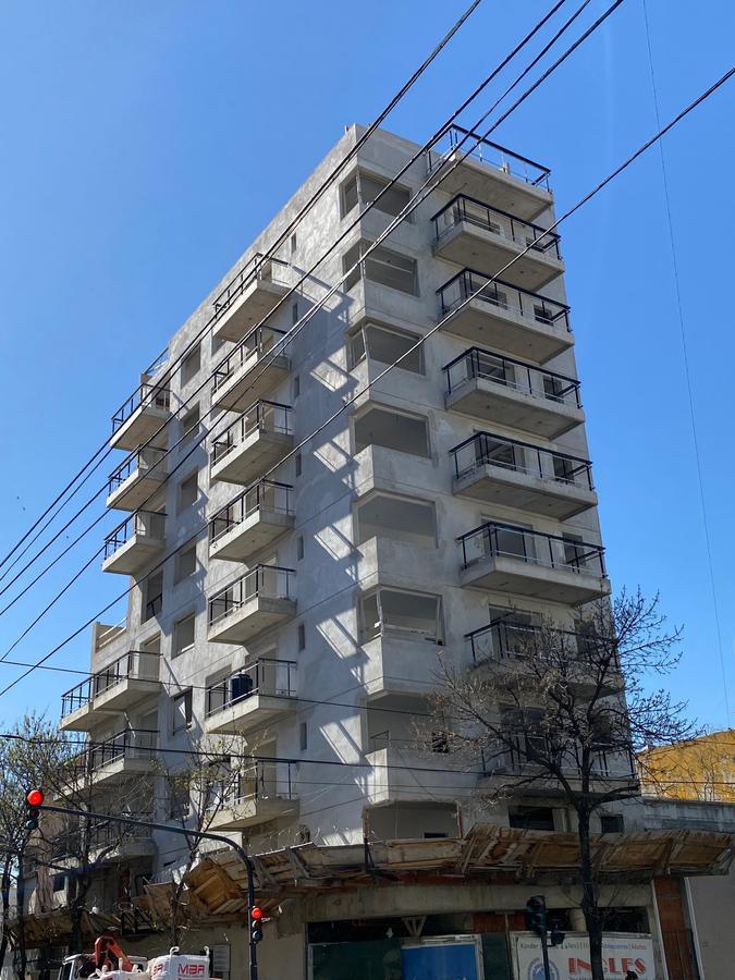 Foto EMPRENDIMIENTO - Edificio en  en  Capital Federal , Argentina  Av. Carabobo 602