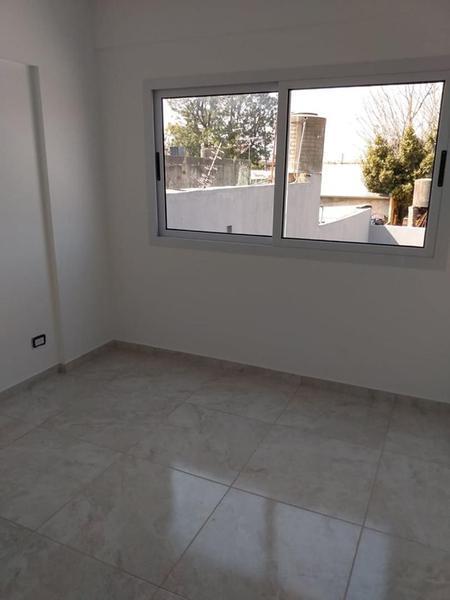 Foto Edificio en Moron Sur Vicente Lopez 900 número 10