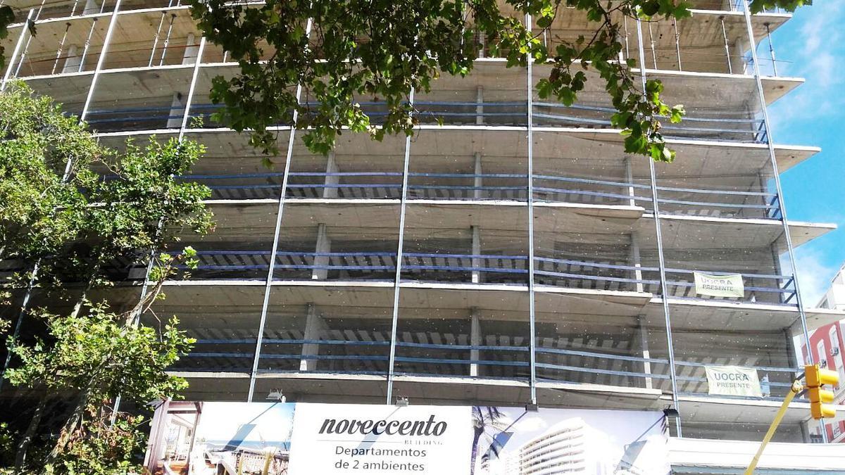 Foto Edificio en Centro Buenos Aires 2001 número 8
