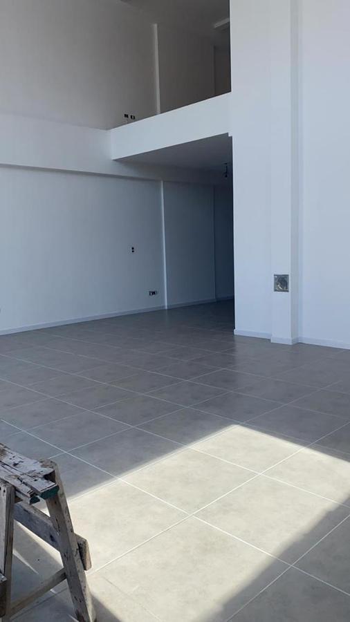 """Foto Edificio en Banfield Oeste HIPOLITO YRIGOYEN 7259 - EDIFICIO """"DOS REYES"""" número 20"""