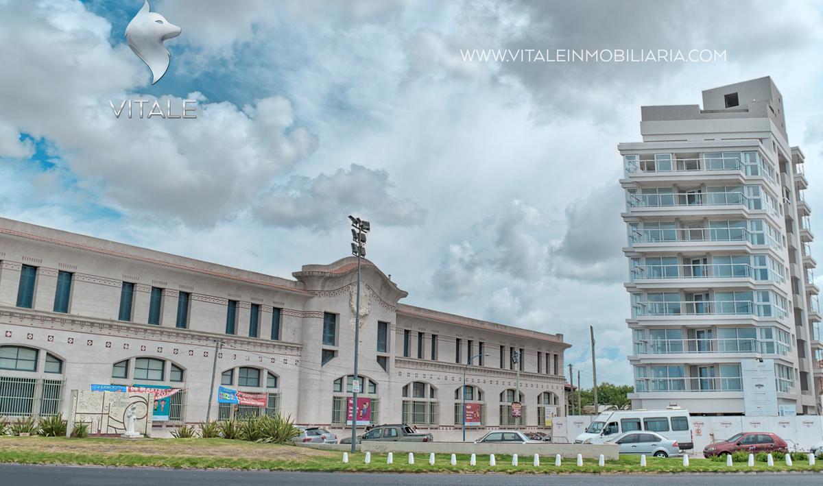 Foto Edificio en La Perla Norte Felix U Camet y Rio Negro número 1