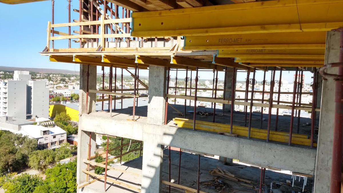 Foto Edificio en Área Centro Sur Bartolome Mitre 895 número 12