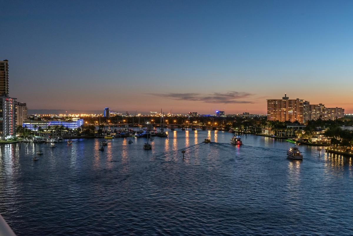 Foto Condominio en Broward 321 At Water's Edge Fort Lauderdale, Florida, USA  número 33