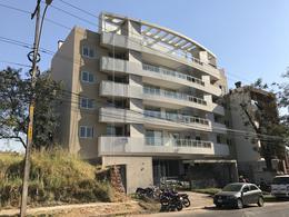 Foto Edificio en Mburucuya Zona Primer Presidente número 1